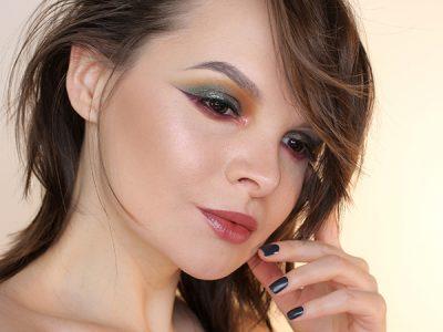 Бордовый в макияже глаз: ищем свой цвет