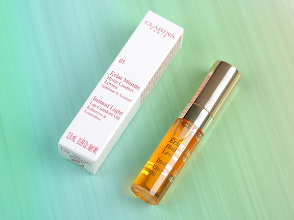 Clarins Instant Light Lip Comfort Oil. А было ли масло?
