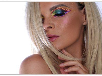 Поймай настроение лета: яркий макияж