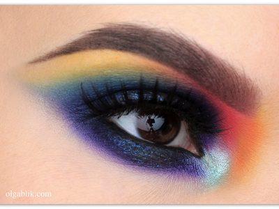 Цветной макияж для карих глаз