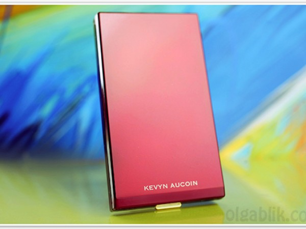 Kevyn Aucoin The Celestial Powder – Candlelight. 3 причины быть вместе.