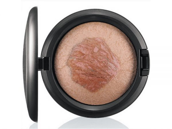 Хайлайтер: MAC Mineralize Skinfinish, MAC Lustre Drops, Bobbi Brown Shimmer Brick