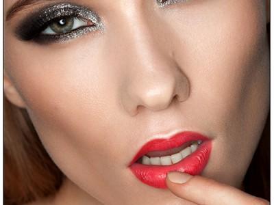 Как краситься блестящими тенями – поэтапный фото-урок