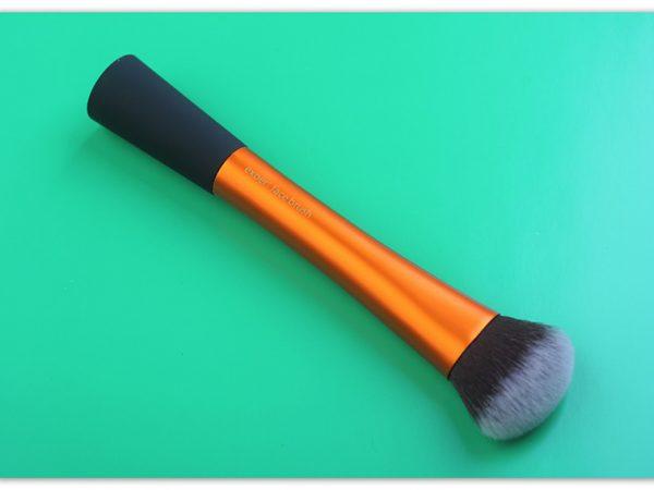 Кисть для тональной основы Real Techniques Expert Face Brush – отзыв