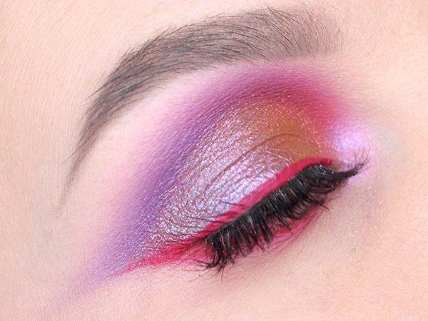 Макияж в розово-фиолетовых тонах пошагово