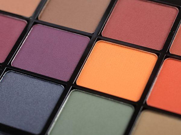 Матовые тени Viseart 04 Dark Matte Eyeshadow Palette