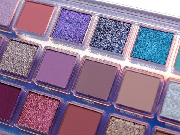 Huda Beauty Mercury Retrograde: отзывы, макияж, свотчи