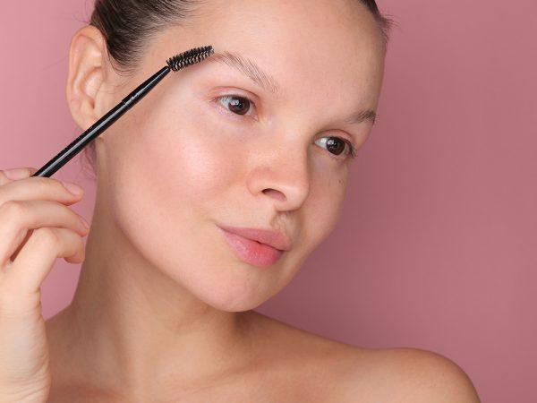 Как уложить брови мылом: ТОП-5 ошибок