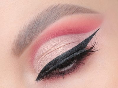 Как повторить макияж cut-crease – пошаговая инструкция
