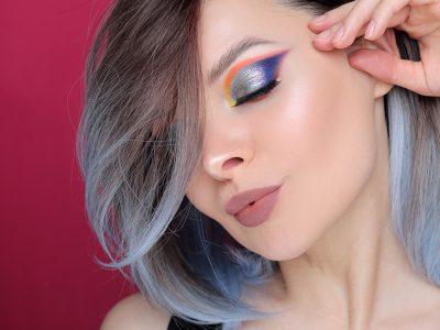 Цветной макияж с пигментами, карандашами и тенями в студию!