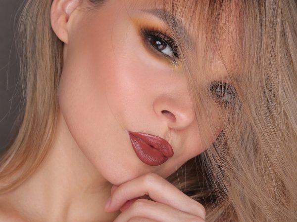 Макияж с палеткой Huda Beauty: образ на каждый день