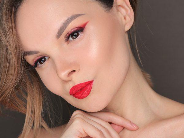 Какой сделать макияж в День cвятого Валентина – видео-урок
