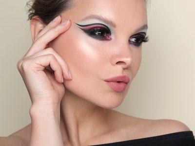 Вечерний макияж со стрелками и тенями